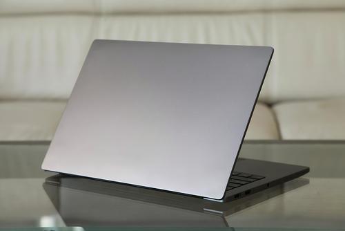 小米笔记本Air 13.3寸 指纹版 Intel 酷睿 i7 8代全新机回收价格