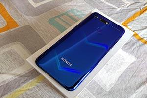 佛山荣耀V20(6GB+全网通)全新机回收估价